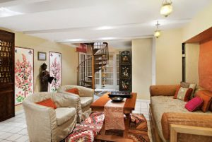 Luxury Vacation Rental by Sudha Near The Cathedral Church of St. John